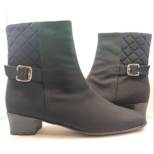 SESTO MEUCCI Yannik Waterproof Quilted Ankle Boots